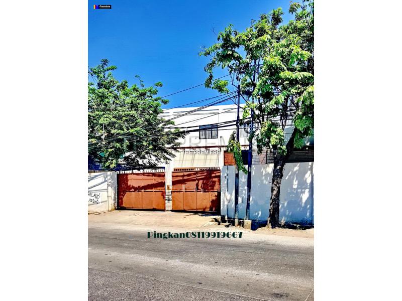 Dijual gudang di Semper Plumpang, Cilincing Jakarta Utara , parkir muat truk container